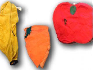 fruitpakken om je te verkleden in de vorm van een banaan, wortel of appel